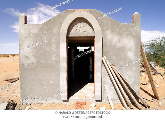 Africa, Tunisia, south of Douz  Toilet belonging to a roadside restaurant under construction