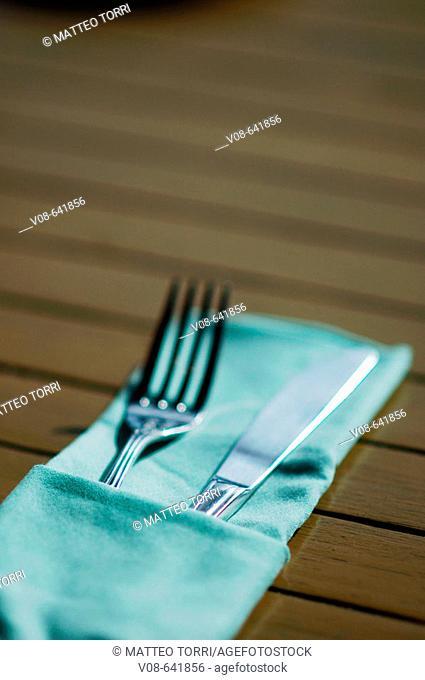 fork, knife