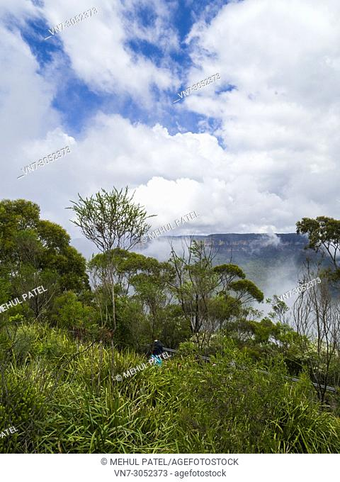 Walkway at Echo Point, Blue Mountains National Park, Katoomba, New South Wales, Australia