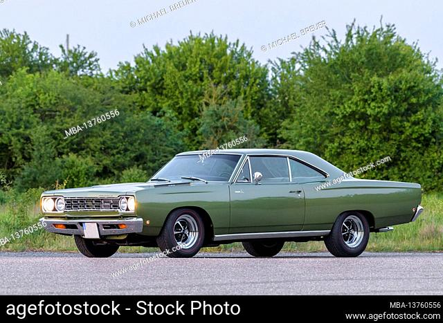 Plymouth Road Runner, built in 1968, muscle car, oldtimer, classic