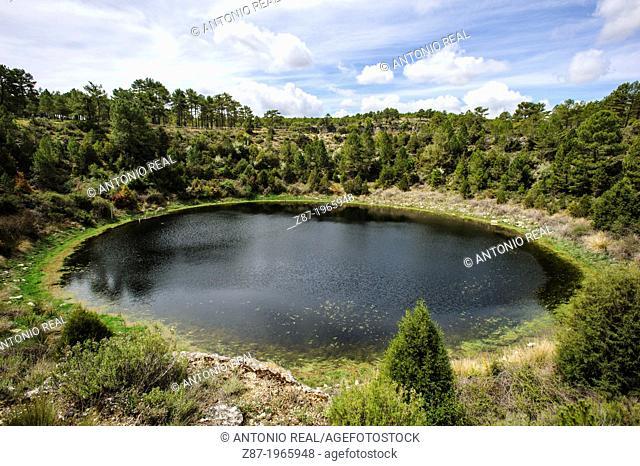Monumento Natural Lagunas de Cañada del Hoyo. Serranía de Cuenca. Province of Cuenca. Spain