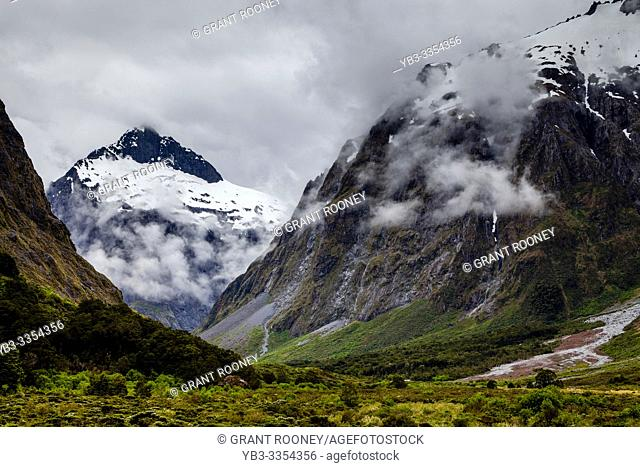 Mountain Scenery On The Milford Road, Fiordland National Park, South Island, New Zealand