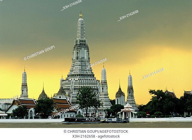 Wat Arun or Temple of Dawn by the Chao Phraya River, Bangkok, Thailand, Southeast Asia