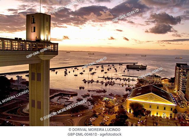 Elevador Lacerda, Baia de Todos os Santos, Salvador, Bahia, Brazil