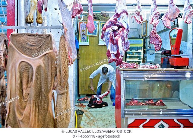 Tunez: Sfax Medina  Market in Avenue des Martyrs Butcher's shop