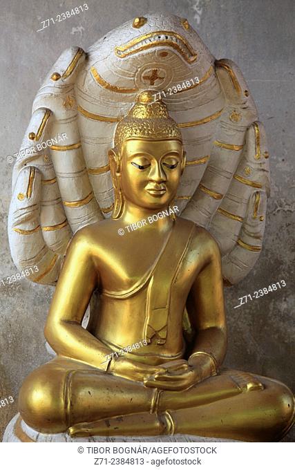 Thailand, Ayutthaya, Wat Thammikarat, Buddha statue