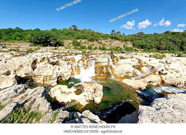 France, Gard, La Roque sur Ceze, labelled Les Plus Beaux Villages de France (The Most Beautiful Villages of France), Ceze river and Sautadet waterfalls