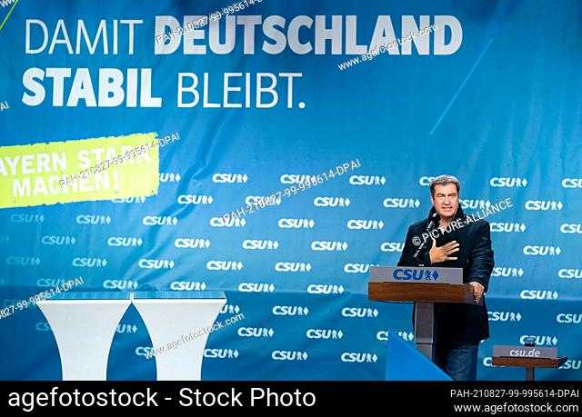 27 August 2021, Bavaria, Bayreuth: Bavarian Prime Minister Markus Söder (CSU) gives a speech at an election campaign event in Bayreuth