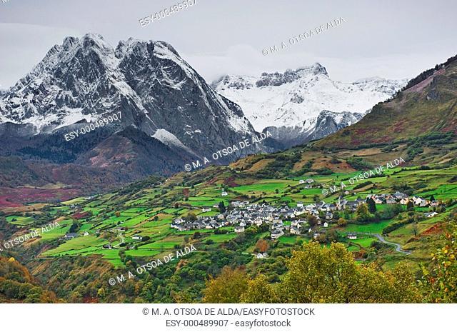 Pyrenees Atlantiques, Lescun, France