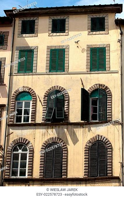 Lucca - Picturesque and antique architecture of city center