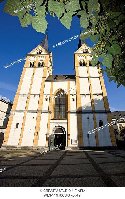 Germany, Rhineland-Palatinate, Koblenz, Florinskirche, low angle view
