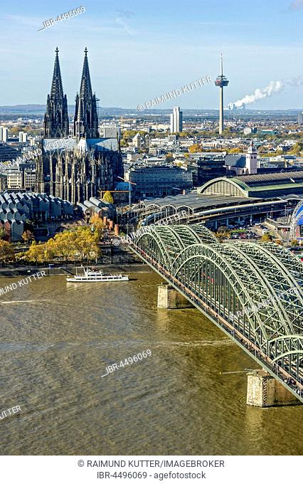 View over the river Rhine, Cologne's historic centre, Museum Ludwig, Cologne Cathedral, Hohenzollern Bridge, Central Station, behind TV tower Colonius, Cologne
