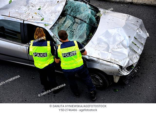 police examinig car crashed by drunken driver, Perigueux, Aquitaine, France , Europe