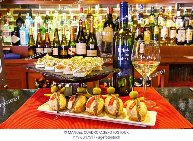Pintxos on counter. El Globo de Bilbao, Vizcaya, Basque Country, Spain