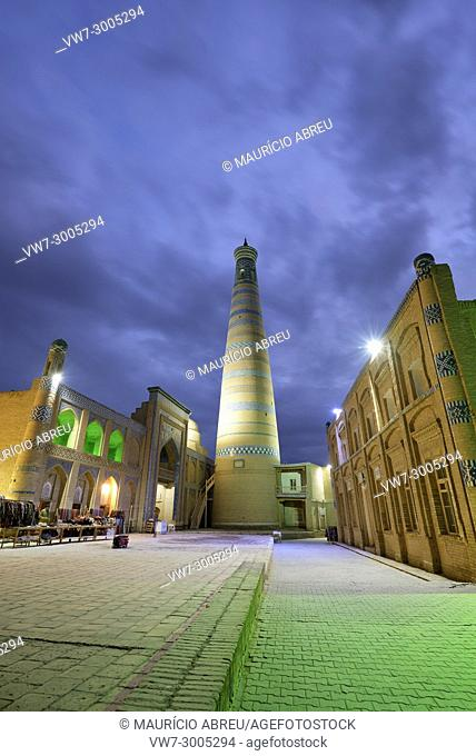 The Islam Khodja minaret and medressa. Old town of Khiva (Itchan Kala), a Unesco World Heritage Site. Uzbekistan