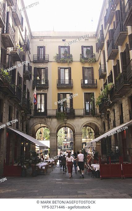 Passatge Madoz and Restaurant La Crema Canela Barcelona Spain