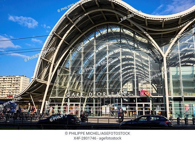 France, Loiret, Orleans, railway station