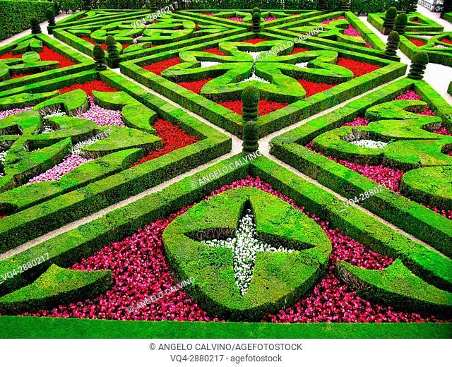 Villandry, Castle and gardens, Château de Villandry, Indre et Loire, Touraine, Loire Valley, UNESCO World Heritage Site, France.