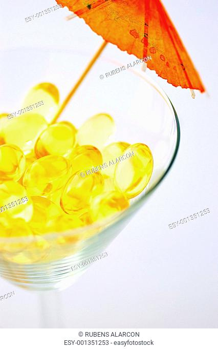 Omega-3 pills as a tropical drink