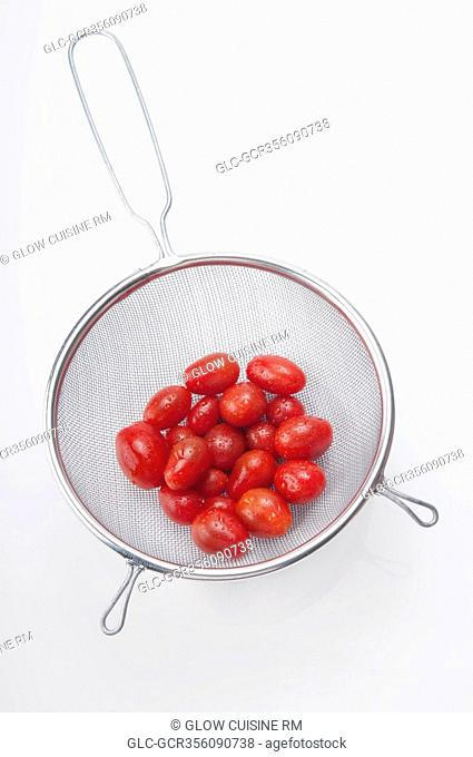 Close-up of tomatoes in a sieve