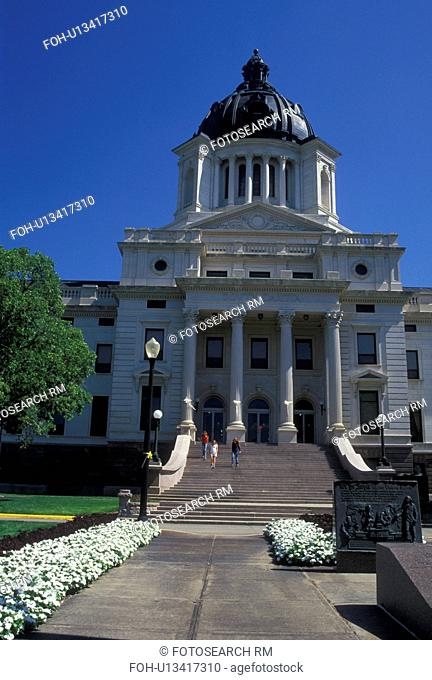 SD, Pierre, South Dakota, State Capitol, State House, The South Dakota State Capitol Building in the capital city of Pierre