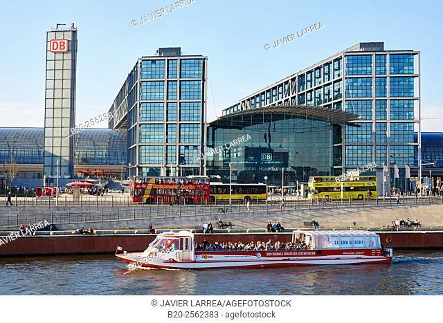Hauptbahnhof, Berlin Central Station, Spree river, Berlin, Germany