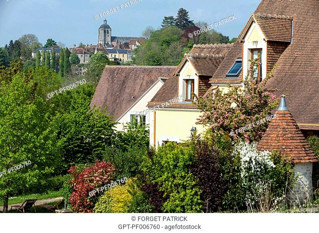 RESIDENCE OF THE DOMAINE DU GOLF, VACATION RENTAL, BELLEME (61), TOWN IN THE REGIONAL PARK OF THE PERCHE, VILLAGE OF CHARACTER, NORMANDY, FRANCE