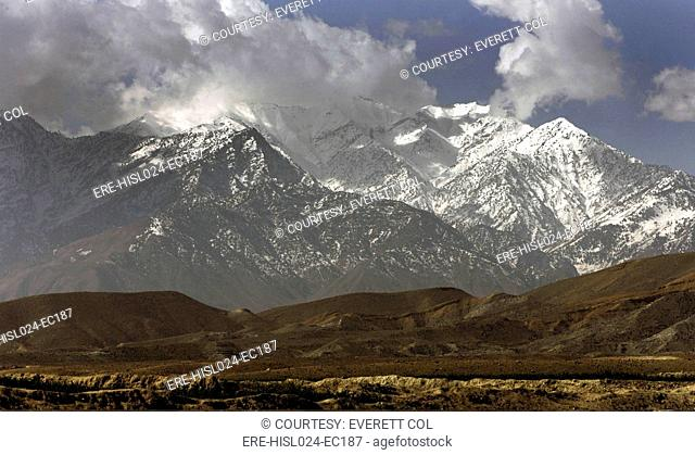 Eastern Afghanistan's White Mountains of the Nangarhar Province the location of the cave complex of Tora Bora. In 2002 coalition soldiers from U.S