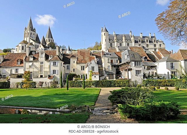 Chateau de Loches, Church of Saint-Ours, Logis Royal, Loches, Indre-et-Loire, Centre, France / Chateaux of the Loire Valley