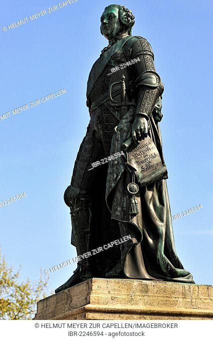 Statue of Frederick III Margrave of Brandenburg and Bayreuth holding the foundation charter of 1743 of the University of Erlangen, castle square, Erlangen