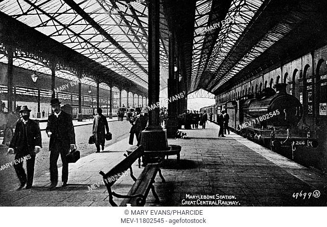 Platform scene at Marylebone Station, Great Central Railway, London, with trains and passengers
