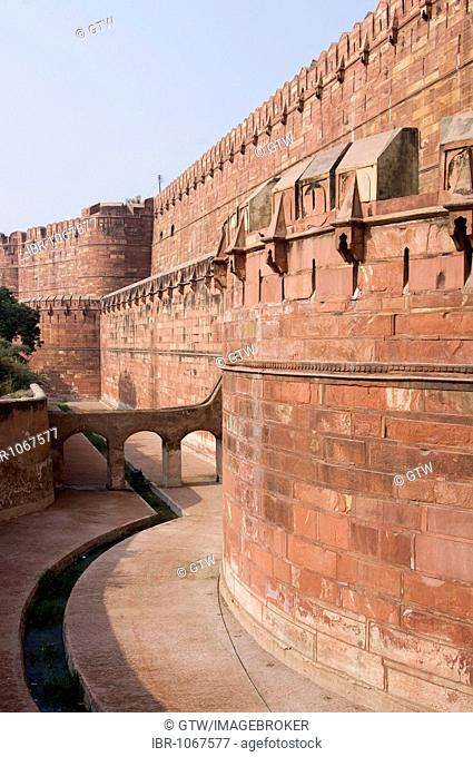 Walls, Red Fort of Agra, UNESCO World Heritage Site, Uttar Pradesh, India, South Asia