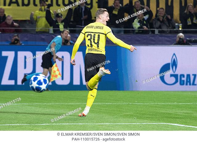 goalkeeper Jacob BRUUN LARSEN (DO) cheers after the goal to make it 1-0 for Borussia Dortmund, jubilation, cheering, cheering, joy, cheers, celebrate, goaljubel
