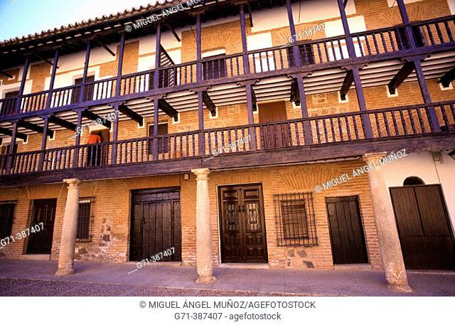 Plaza Mayor (s. XVIII). San Carlos del Valle. Campos de Montiel, Ciudad Real, La Mancha. Spain