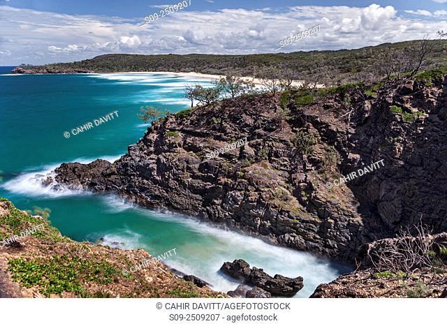 Hells Gate Alexandra Bay and the Tasman Sea in Noosa National Park, Noosa Heads, Queensland, Australia