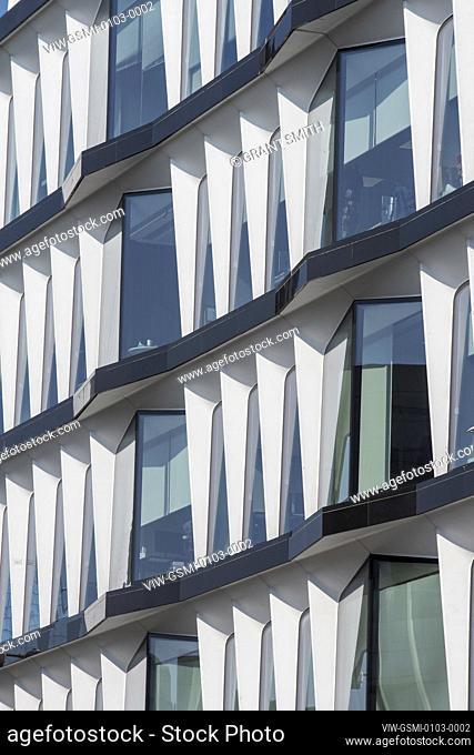 Detail of south elevation. 30 Cannon Street, City of London, United Kingdom. Architect: Whinney, Son & Austen Hall , 1977