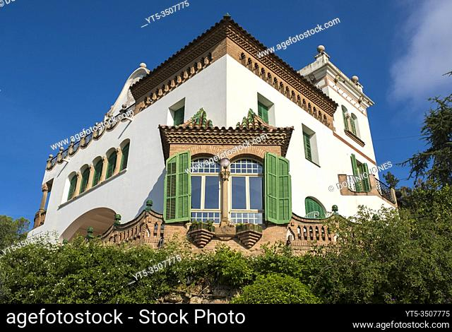 Casa Trias overlooking Gaudiâ. . s Park Güell