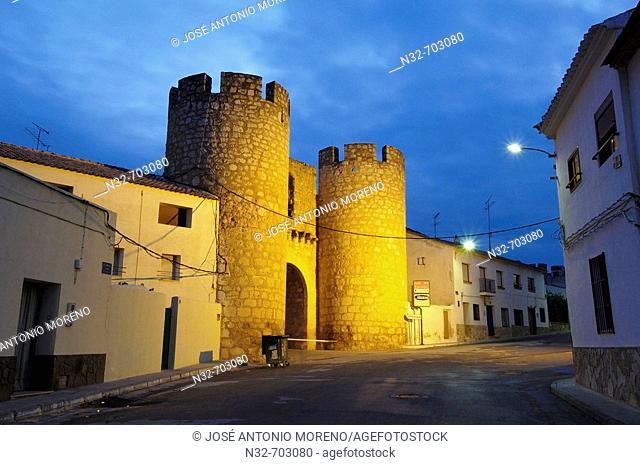 Chinchilla town gate at dusk. Belmonte. Cuenca province, Castilla la Mancha. Spain