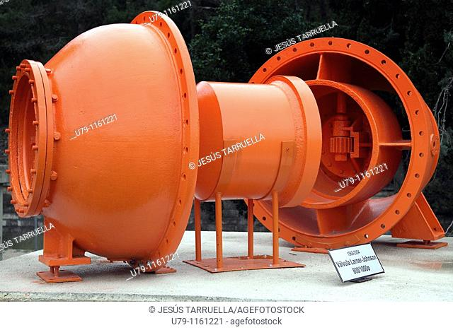 Forata dam. Near Yatova. Valencia. Spain. Europe. Larner-Johnson Valve. 800/1000 diameter. Period of use: 1968-2004. Mechanism used in dams