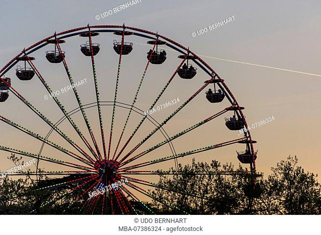 Ferris wheel at the Spring Festival in the evening, Bürkliplatz, old town, Zurich, Canton of Zurich, Switzerland