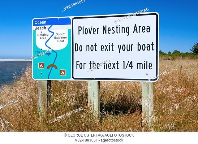 Snowy plover sign at Siltcoos River estuary, Oregon Dunes National Recreation Area, Oregon
