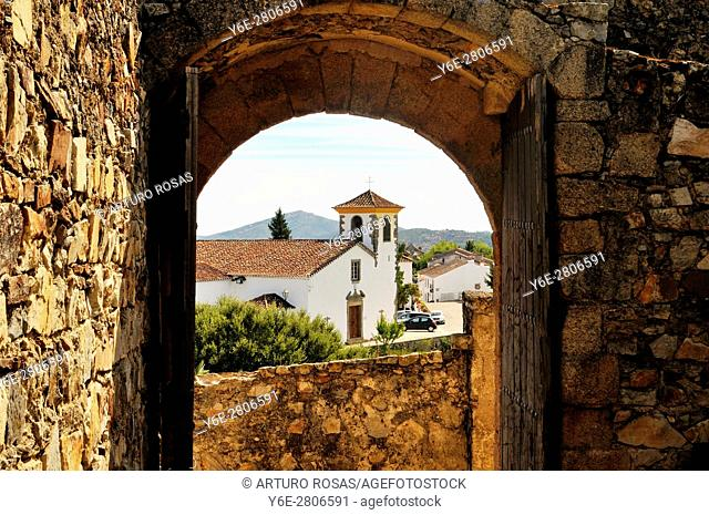 The Town Museum from an arch of the castle. Marvão, Alentejo, Portugal
