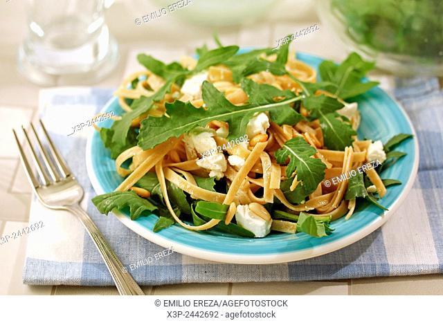 Tagliatelle with rocket salad