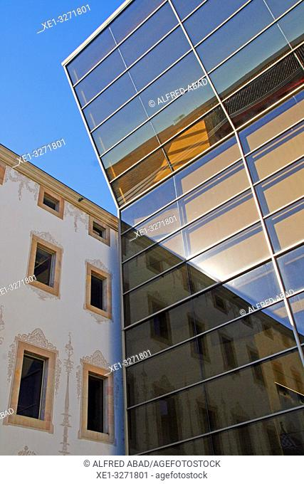 reflections in the glass, antiga Casa de la Caritat, CCCB, Center for Contemporary Culture of Barcelona, Catalonia, Spain