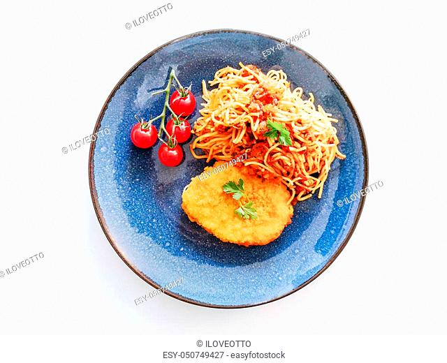 Escalope of spaghetti with tomatoes sauce and basil