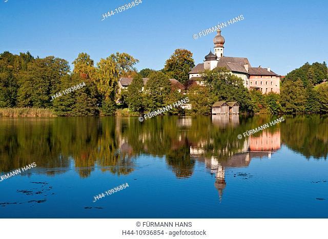 Germany, Europe, Bavaria, Upper Bavaria, Rupertiwinkel, Berchtesgaden, meadow, Höglwörth, Hoeglwoerth, lake, Augustinian, cloister, cloister Höglwörth, church