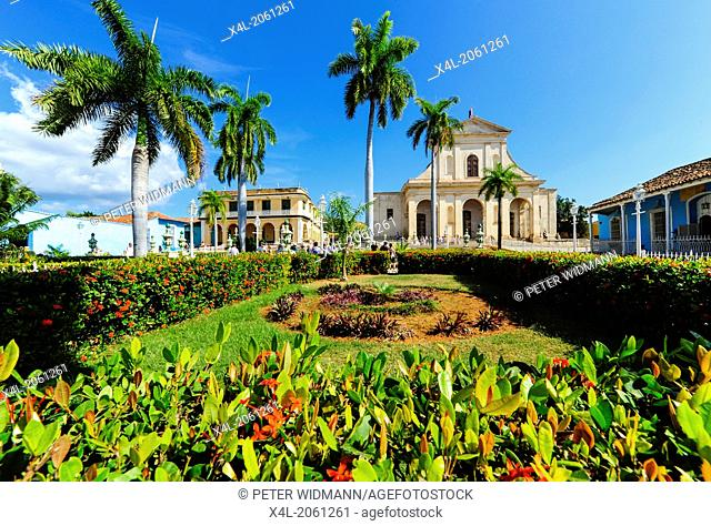 Cuba, Trinidad, Plaza Mayor, Iglesia de la Santisima Trinidad, Sancti Spiritus
