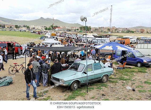 weekly Berber market, Khenifra province, Middle Atlas, Morocco, North Africa