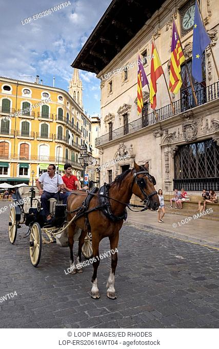Horse carriage outside the town hall of Palma de Mallorca