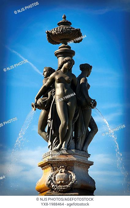 The Three Graces statue on Place de la Bourse, Stock Exchange, Bordeaux, Gironde, Aquitaine, France, Europe